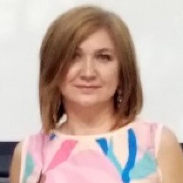 Лариса Бурцева